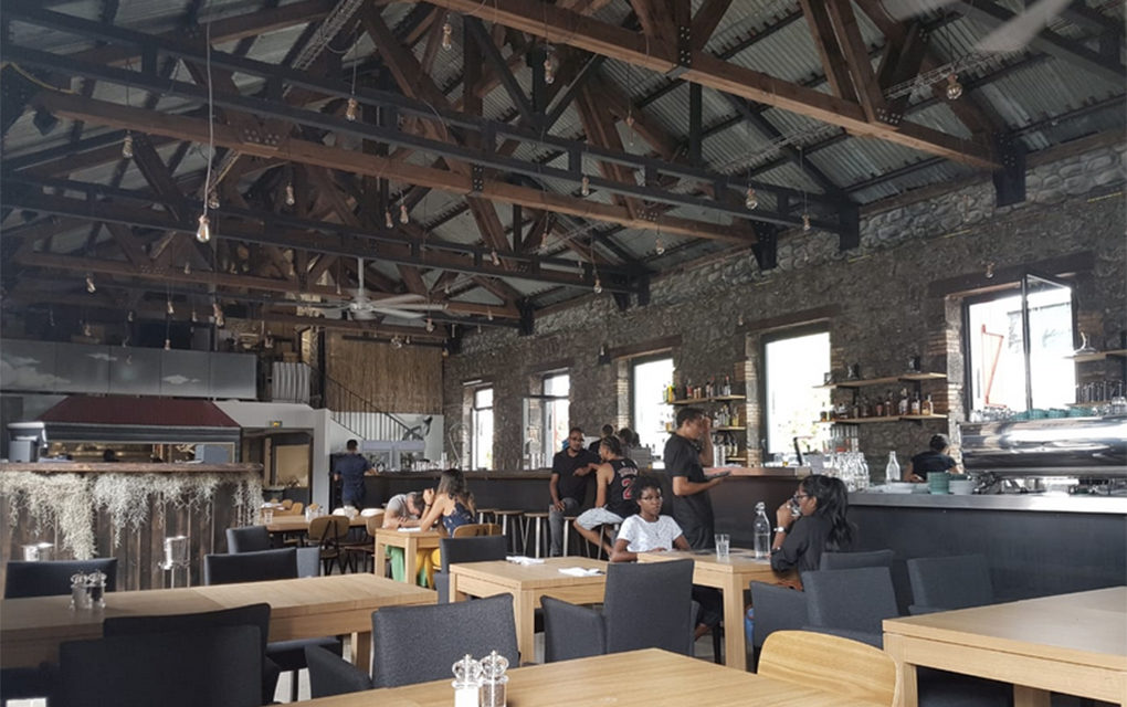 Le Coffee House : Bar, resto et café dans un grand rooftop stylé à Saint-Denis